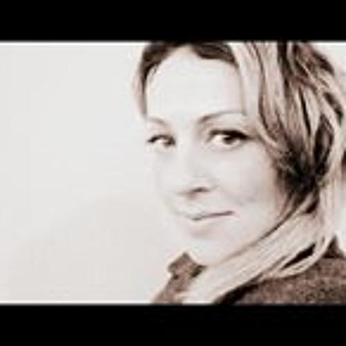 Ilaria Floid's avatar