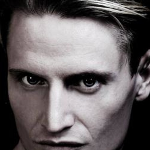 Moritz Van R's avatar