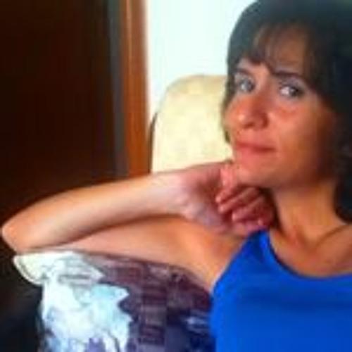 Lydia Barbara's avatar