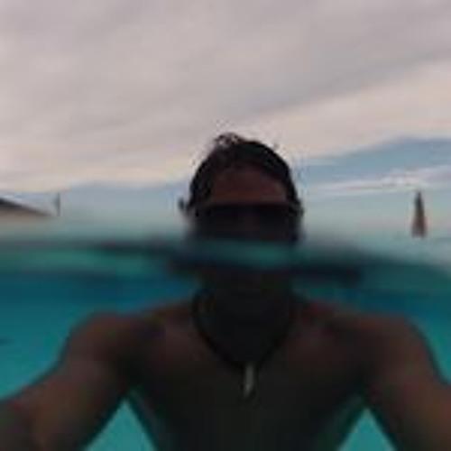 Ivan Hernandez S's avatar