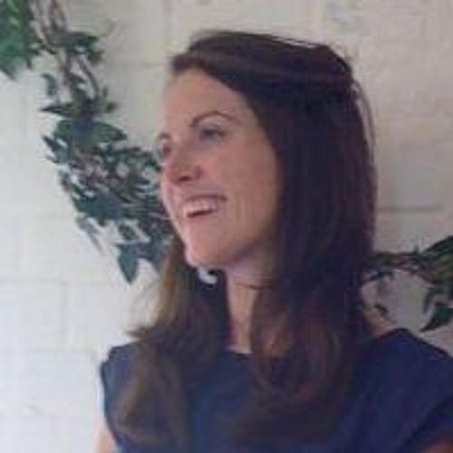 Rose Meller's avatar