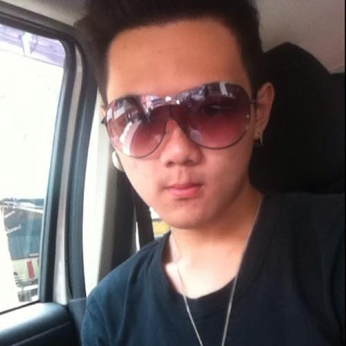 Alfred goh's avatar