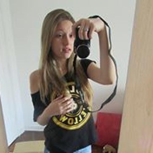 Bruna Pomiecinski's avatar