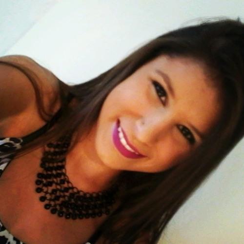 Marcela Ribeiiro's avatar