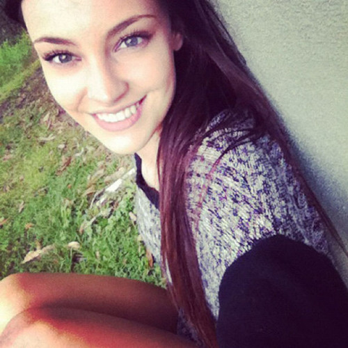 Julia1001's avatar