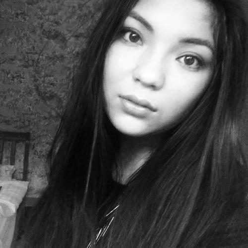 Lucy Wong-Humphrey's avatar