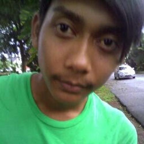 Azwan Wan 4's avatar