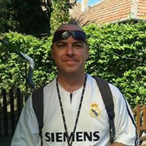 Mihaly Simo's avatar