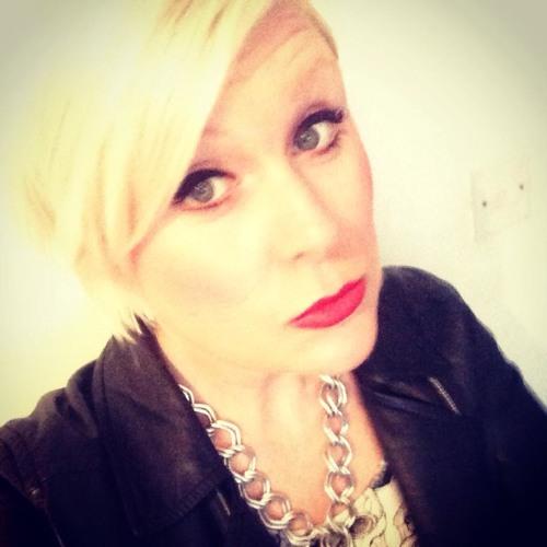 Sarah Ellis 16's avatar