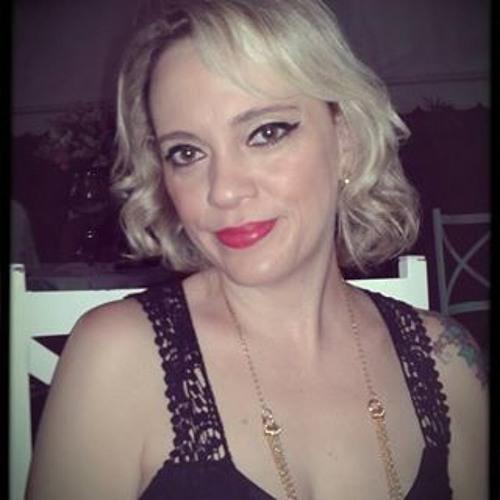 Veronica Mello 3's avatar