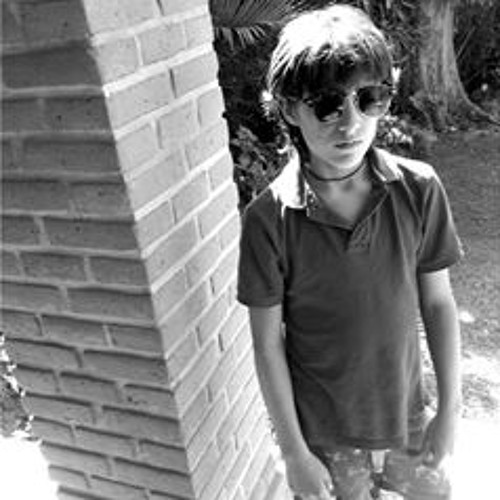 Luca Bovelli's avatar