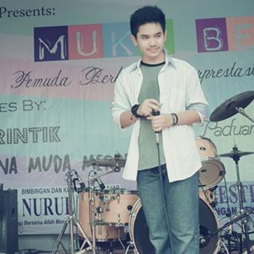 Raden Dimas Dewantoro 1's avatar