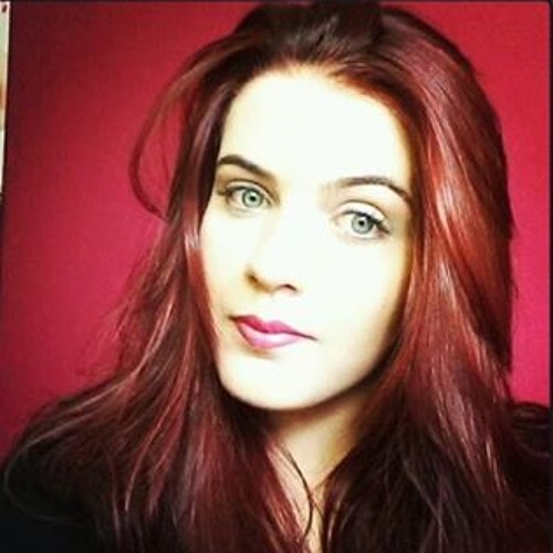 Camila Ribeiro 90's avatar