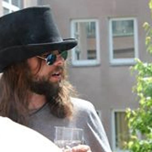 AlexTischer's avatar