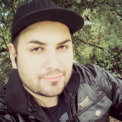 Diego Mackllister's avatar