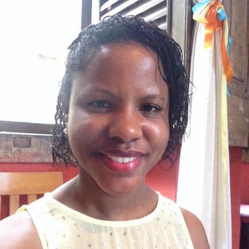 Talita Marília's avatar