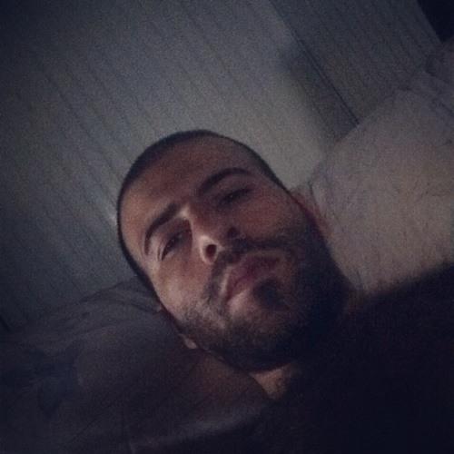 Venek Ishkhanian's avatar