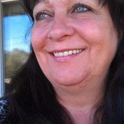 Gail Lang's avatar