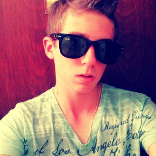 Guilherme Webber's avatar