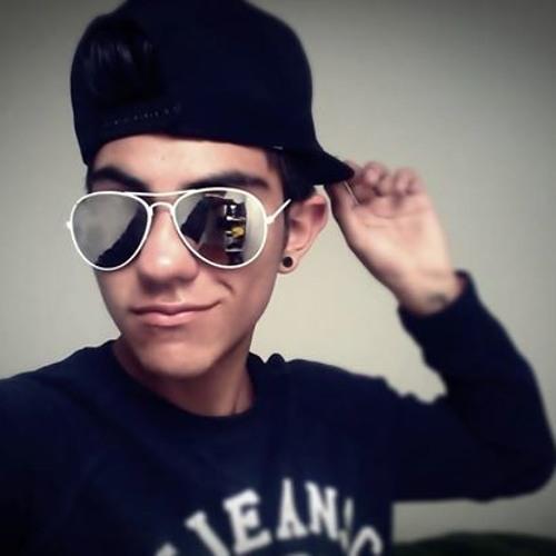 Juan Camilo Fierro's avatar