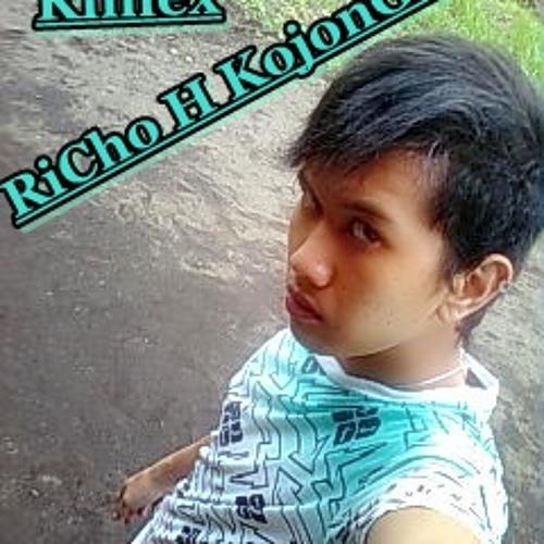 Richo Jo' Eggh's avatar