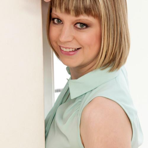 Helen Nicholas Piano's avatar