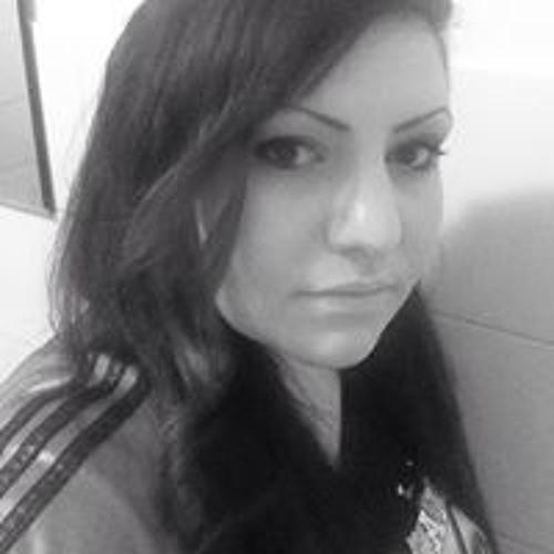 Raphaella Ka's avatar