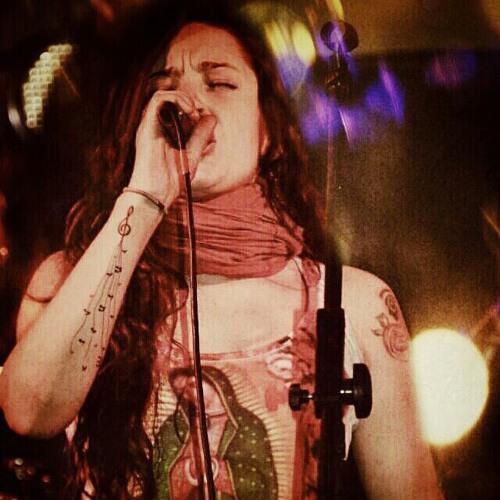 DANA QUIROGA's avatar