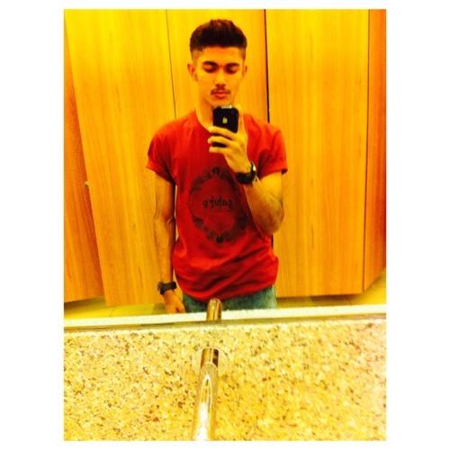 Rafael94's avatar