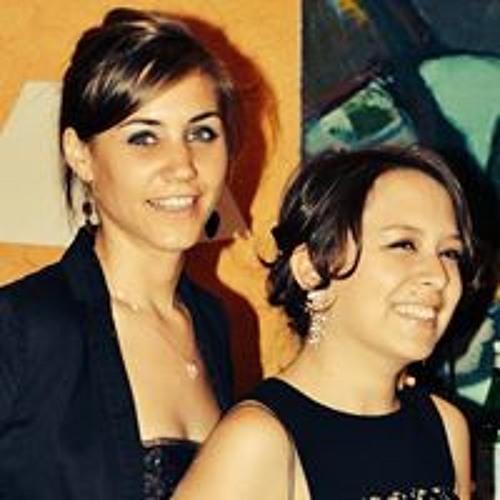 Amandine Girard 1's avatar