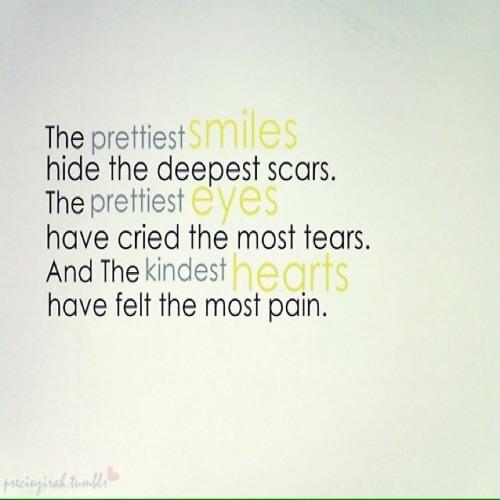 _smiles_always_hide_pain_'s avatar
