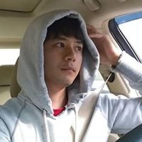 Christian Hojin Kim's avatar
