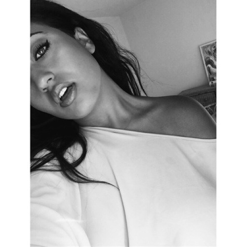 Sabrinaa Locke's avatar
