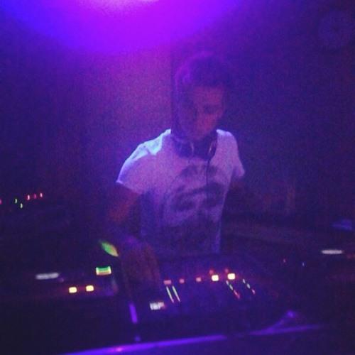 DJ FNDO's avatar