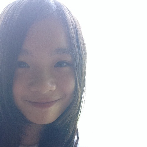 Chiyan Low's avatar