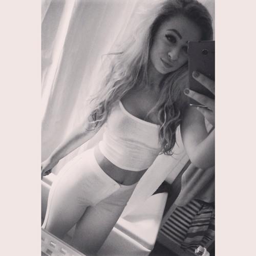 Hannah Waldron 2's avatar