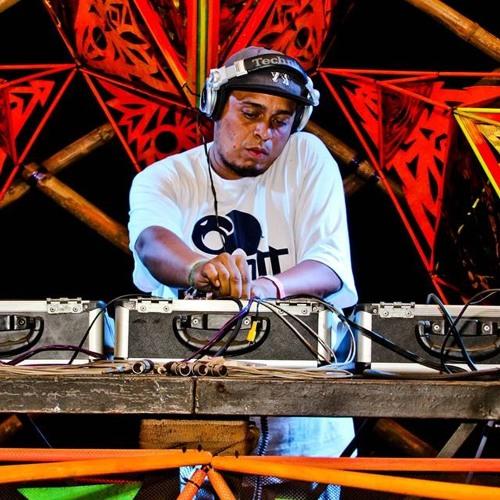 DJ PHANT (PEREU)'s avatar