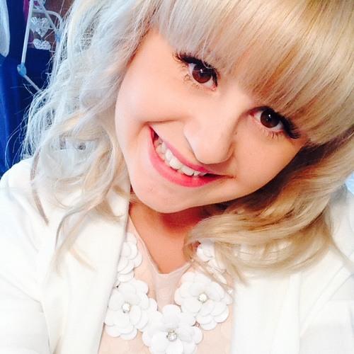 Lucy Field 2's avatar