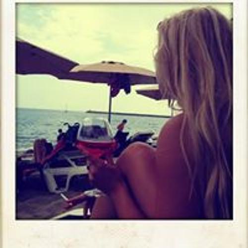 Cassandra Filella's avatar