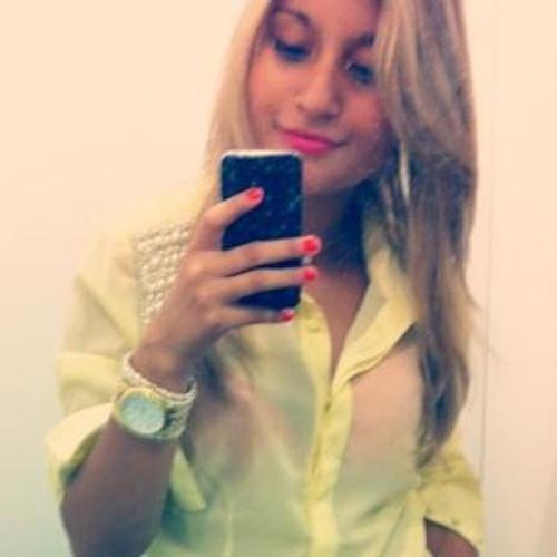 Larissa Braz 4's avatar