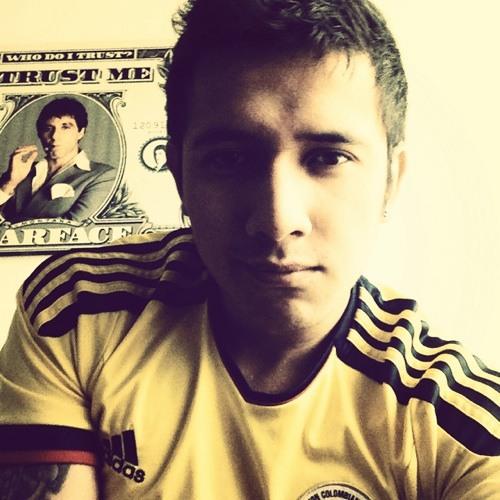 Julian Gomez 33's avatar