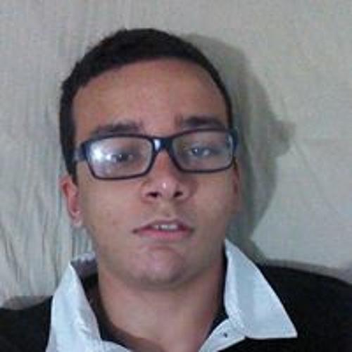Lucas Dinacci's avatar