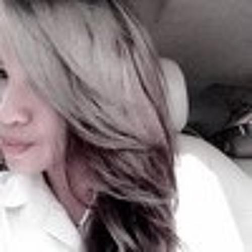 Aurellia Saragih's avatar