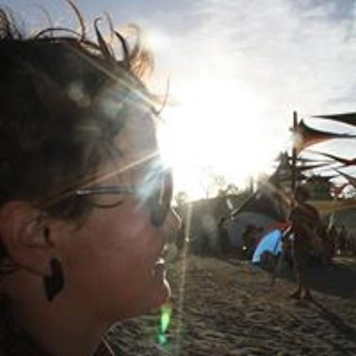 Darlene Gauthier's avatar