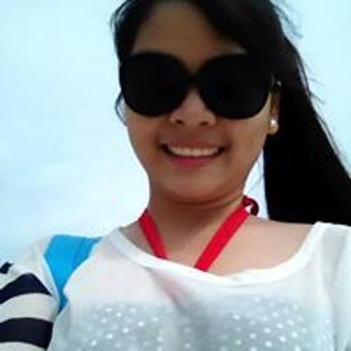 Michelle Paula Rombaoa's avatar