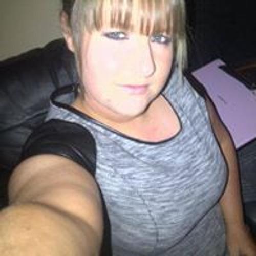 Lynne Gardiner 3's avatar