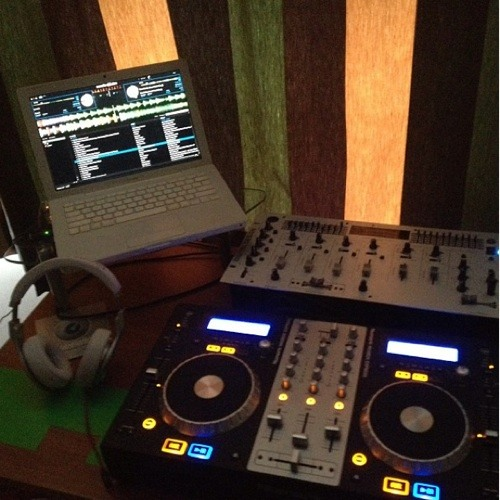 DJ K!netic 3nergy's avatar