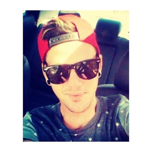 Jordan Russell 4's avatar