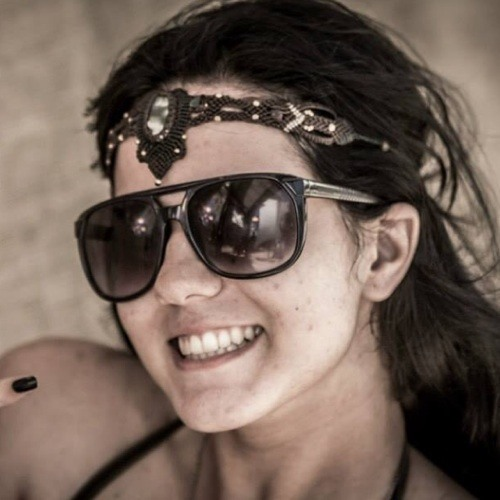 Izabela Cavalcante's avatar