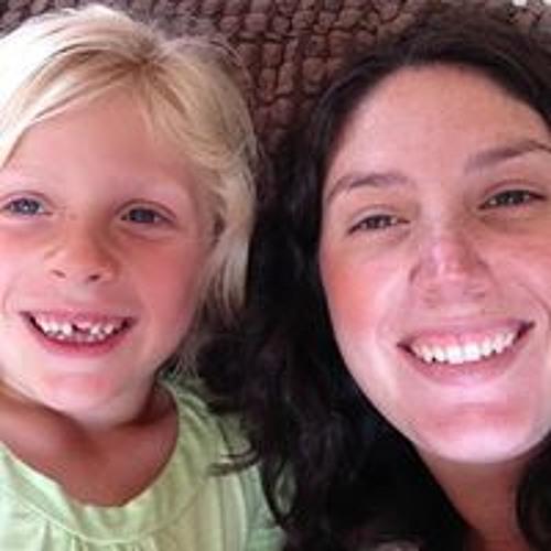 Tara Hallatt's avatar